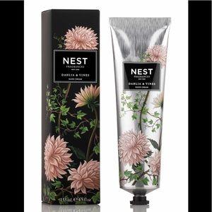NEST Hand Cream Dahlia & Vines Stocking Stuffer